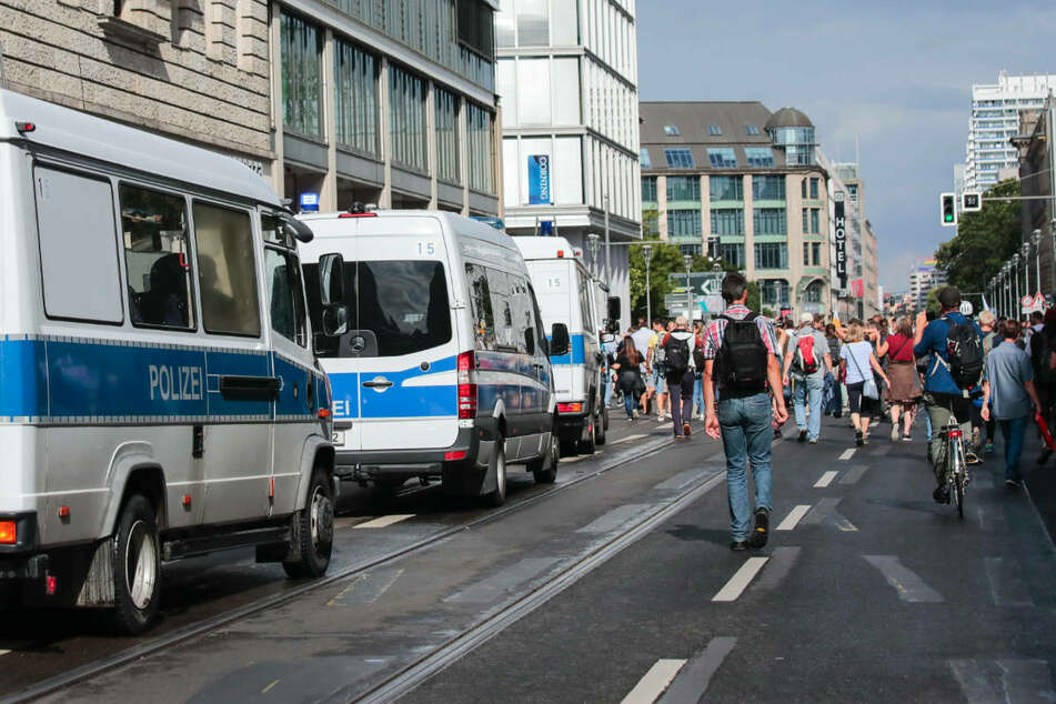 Berlin: Weitere Anti-Corona-Demonstrationen am Montag in Berlin verboten!