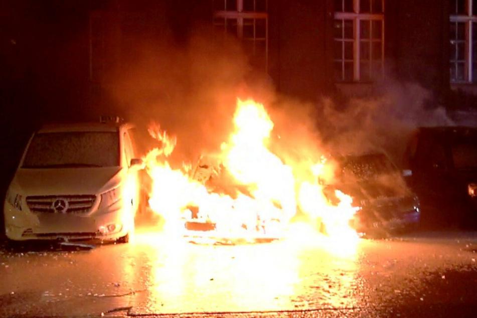 Seit vier Tagen brennen in Neukölln Autos.