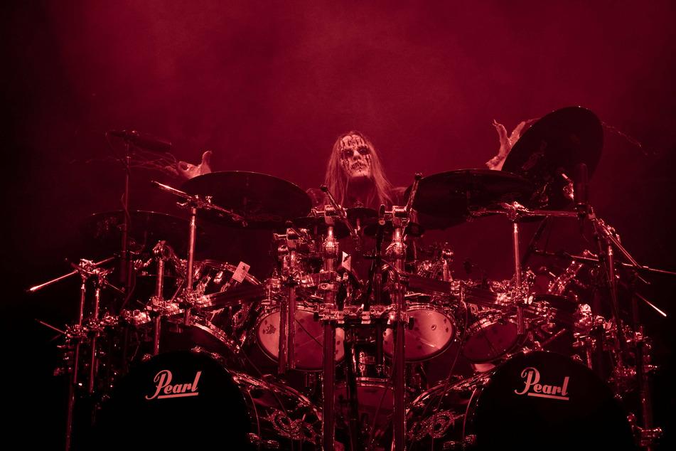 Slipknot co-founder and drummer Joey Jordison dies in his sleep