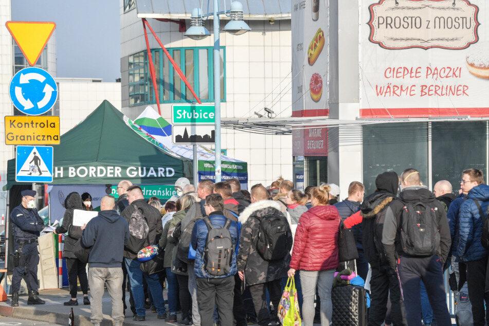 Der Grenzübergang in Slubice am frühen Dienstagabend.