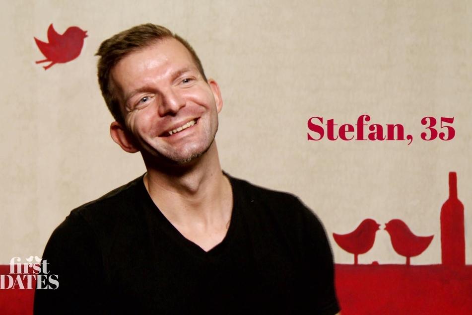 Stefan (35) aus Coswig ist um keinen Spruch verlegen, sieht sich selbst in der Blüte seines Lebens. Ob er damit auch Cindys Herz erobert?