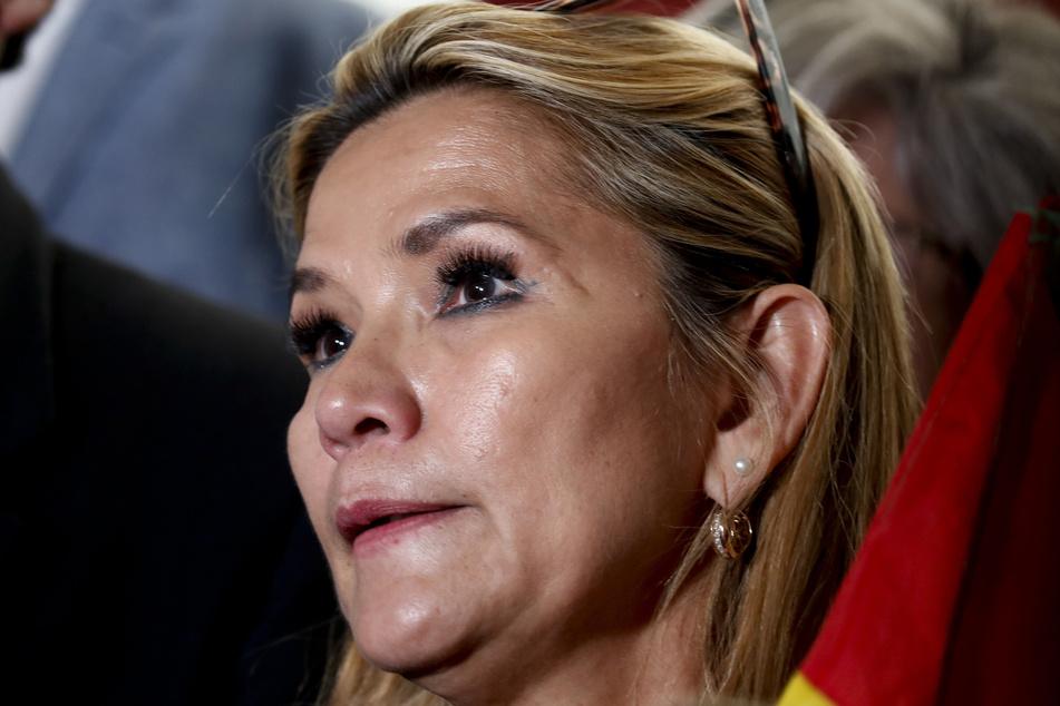 Jeanine Anez (53), Interimspräsidentin von Bolivien, hat sich mit dem Coronavirus infiziert.