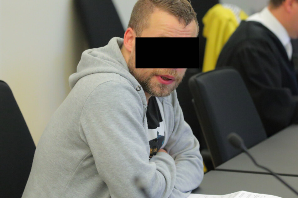 Hobby-Lyriker Bernd K. (36) hat offenbar keinerlei Erinnerungen mehr an seine Tat.