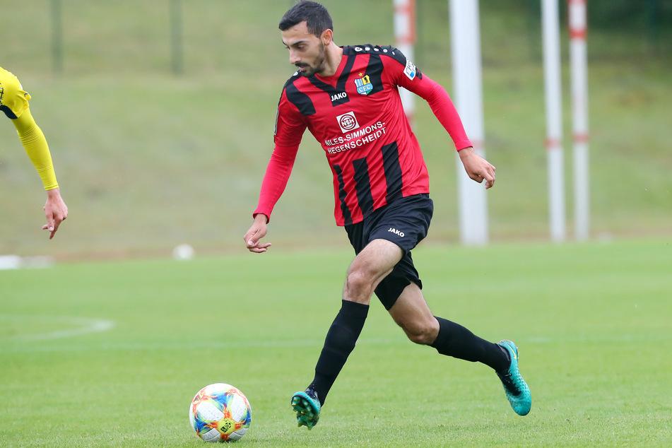 CFC-Mittelfeldmann Rafael Garcia schießt den Ausgleich zum 1:1.