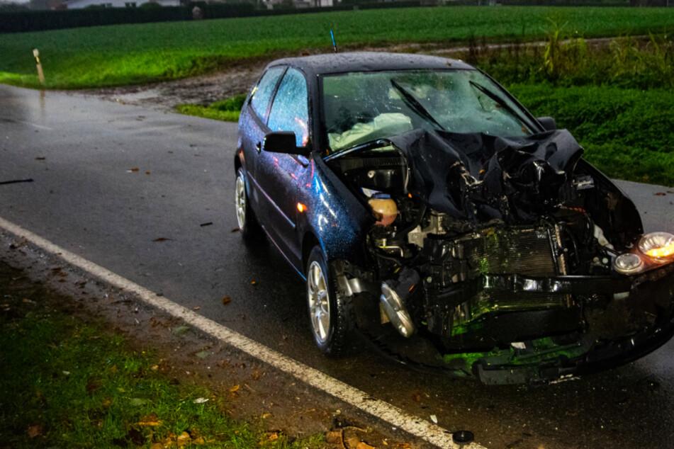 16-Jähriger Mopedfahrer kracht in Auto: Jugendlicher stirbt, Fahrer erleidet Schock