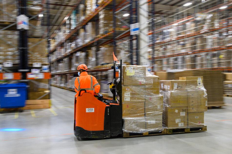 Amazon macht mit Warenversand Milliardengewinne.
