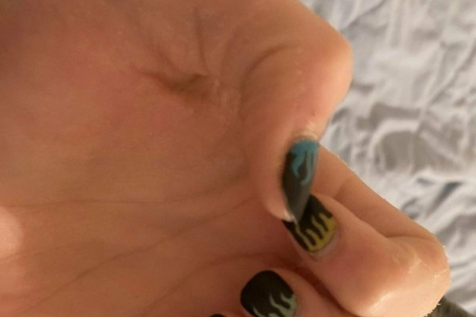 Teenage boy suspended for wearing nail polish at school launches viral petition