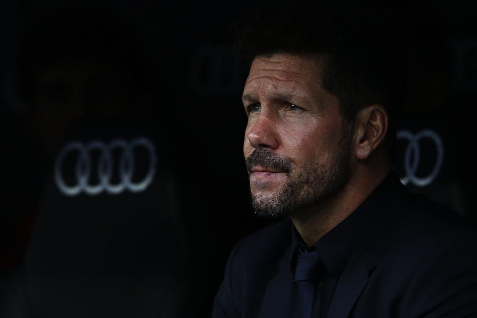 Spielabsage für Atletico. Trainer Diego Simeone (50) dürfte das nicht unbedingt passen.