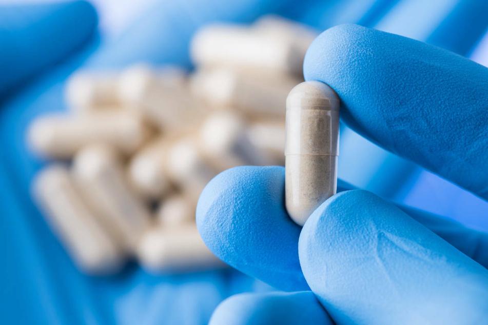 Lebensgefahr: Behörde warnt vor Potenz- und Schlankheitsmittel aus dem Internet!