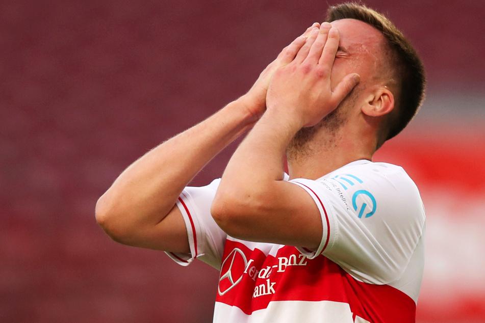 Philipp Förster (26) kann die Niederlage gegen den BVB nicht fassen.