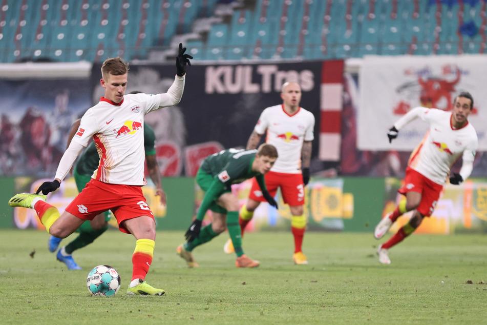 Beim 2:1-Heimsieg gegen den FC Augsburg am gestrigen Freitagabend erzielte Dani Olmo (22) das 1:0 per Elfmeter.
