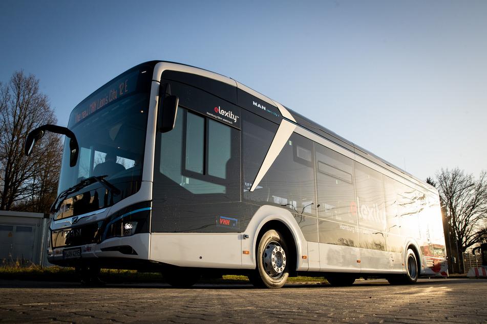In den nächsten fünf Jahren will die Hamburger Hochbahn 50 Busse mit einer Brennstoffzelle anschaffen. (Symbolfoto)