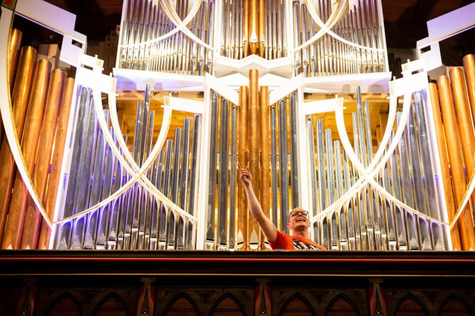 Orgelist Nico Wieditz kennt auf seinem Instrument keine musikalischen Grenzen.
