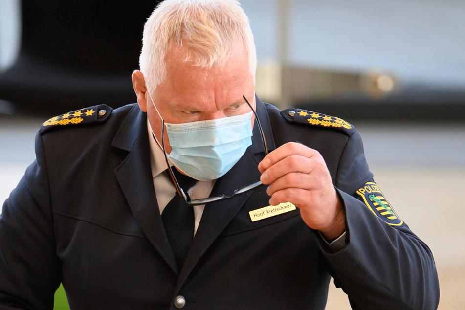 Landespolizeipräsident Horst Kretzschmar (55) musste sich bei den Befragungen einem regelrechten Kreuzverhör stellen.