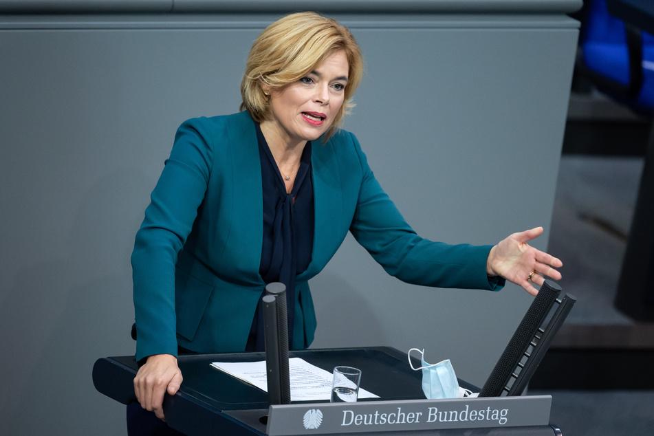 Julia Klöckner (CDU), Bundesministerin für Ernährung und Landwirtschaft, spricht sich für flexiblere Arbeitszeiten in Schlachthöfen aus.