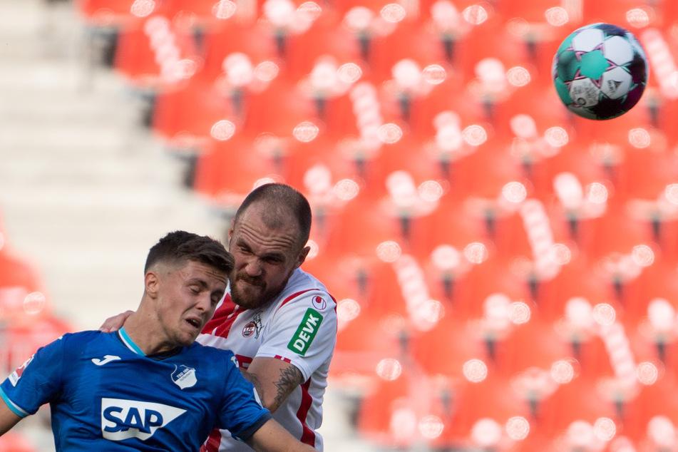 Rafael Czichos (30, r.) ist der Abwehrchef beim 1. FC Köln.