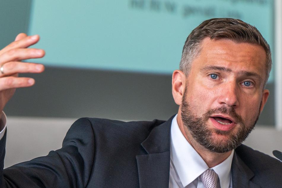 SPD-Landeschef will sich nur unter bestimmter Bedingung vom Bart trennen: Der Grund ist kurios