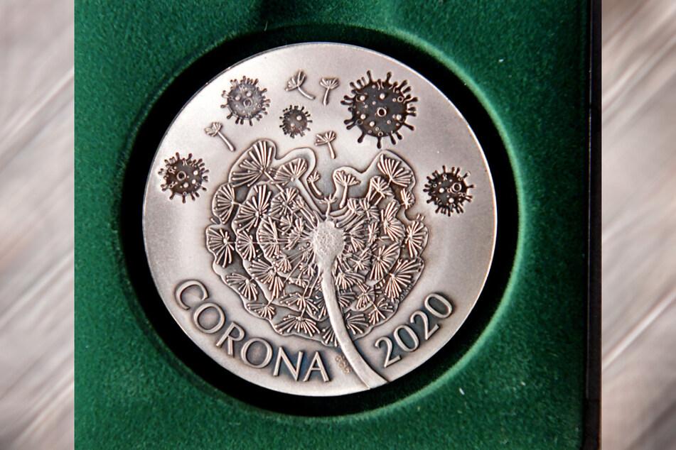 Die erste Corona-Münze kommt aus Dresden.