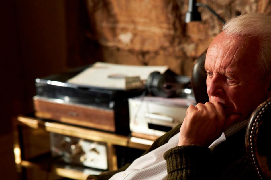 """Hopkins ist mit einem Oscar als bester Schauspieler ausgezeichnet worden. Der 83-jährige Brite gewann den Preis für seine Leistung in dem Familiendrama """"The Father""""."""