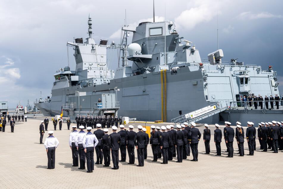 Deutsche Marine stellt neues Kriegsschiff in Dienst