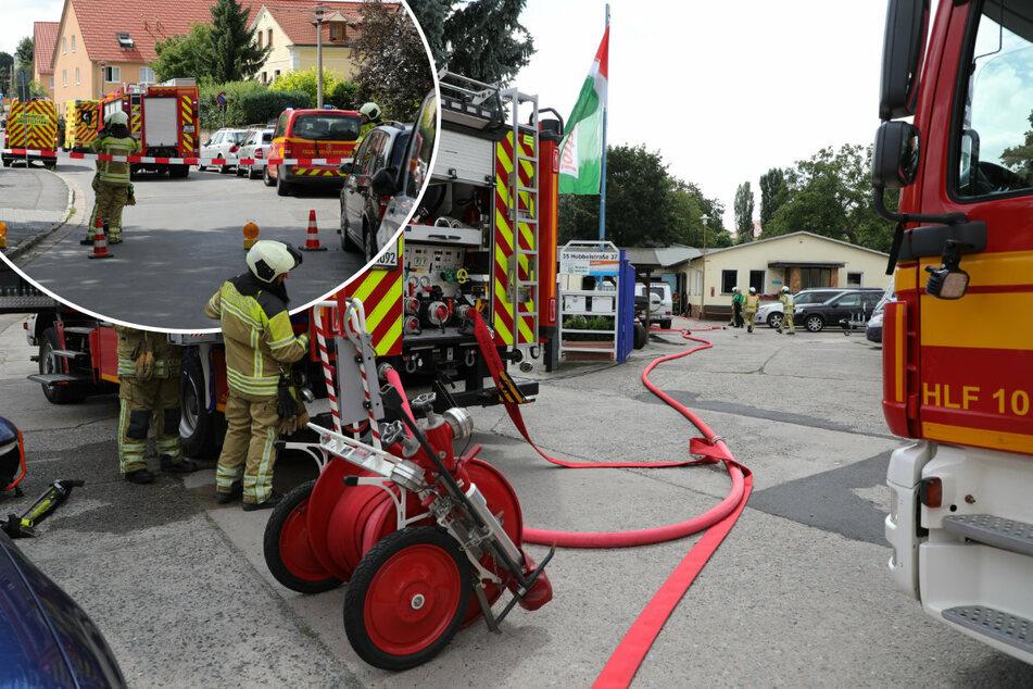 Dresden: Gasaustritt bei Autowerkstatt: Feuerwehreinsatz in Cotta!