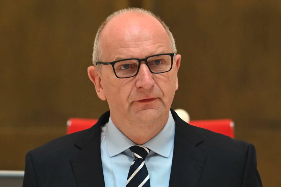 Brandenburgs Ministerpräsident Dietmar Woidke (59, SPD) hat den Ländern Nordrhein-Westfalen und Rheinland-Pfalz Unterstützung nach den heftigen Unwettern zugesichert.