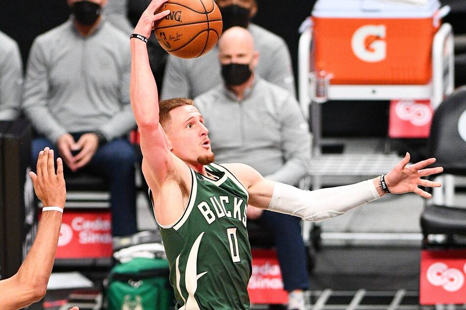 Bucks Guard Donte DiVincenzo had a career-high 15 rebounds and ten points in the Bucks win over the Nets