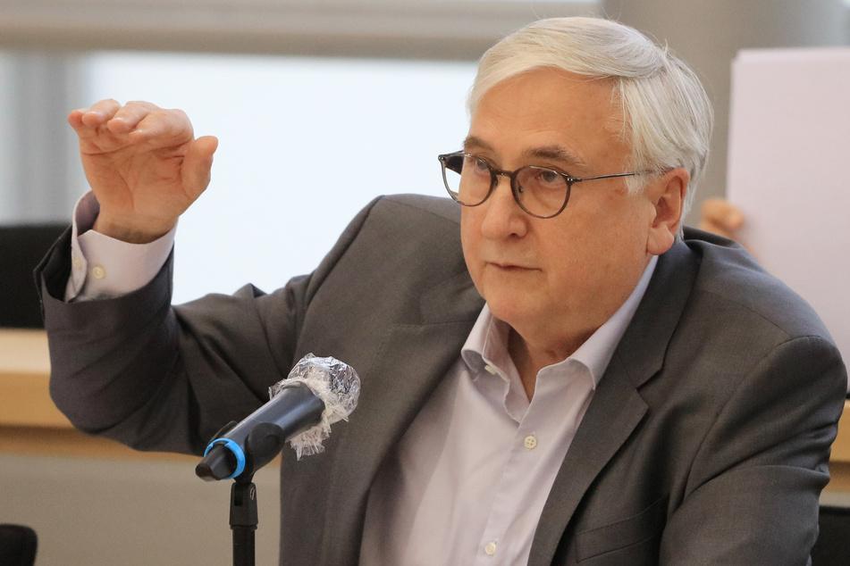 Michael Richter steht dem Schutzschirm kritisch gegenüber.
