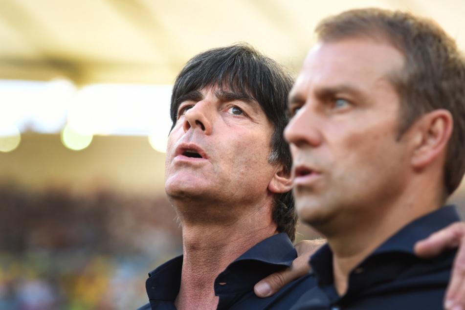 Bundestrainer Joachim Löw und sein damaliger Co-Trainer Hansi Flick (55) vor dem Finale der WM 2014 gegen Argentinien.