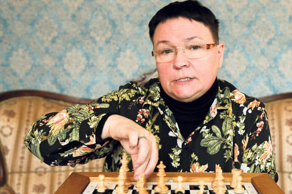 Leidenschaftliche Schachspielerin kämpft seit Jahren gegen den Krebs