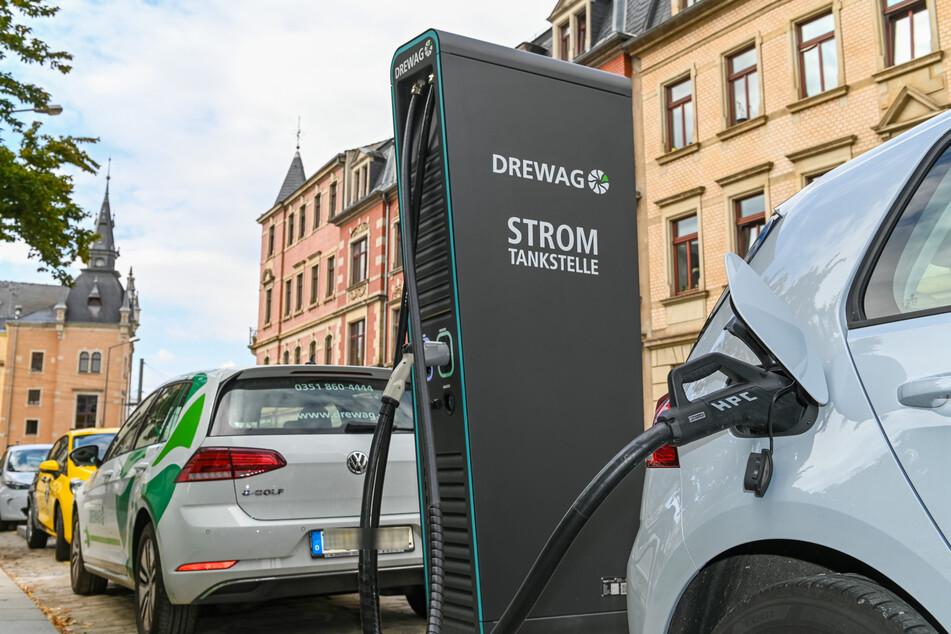 Elektroautos sind ein Weg, um die Treibhausgase zu reduzieren.