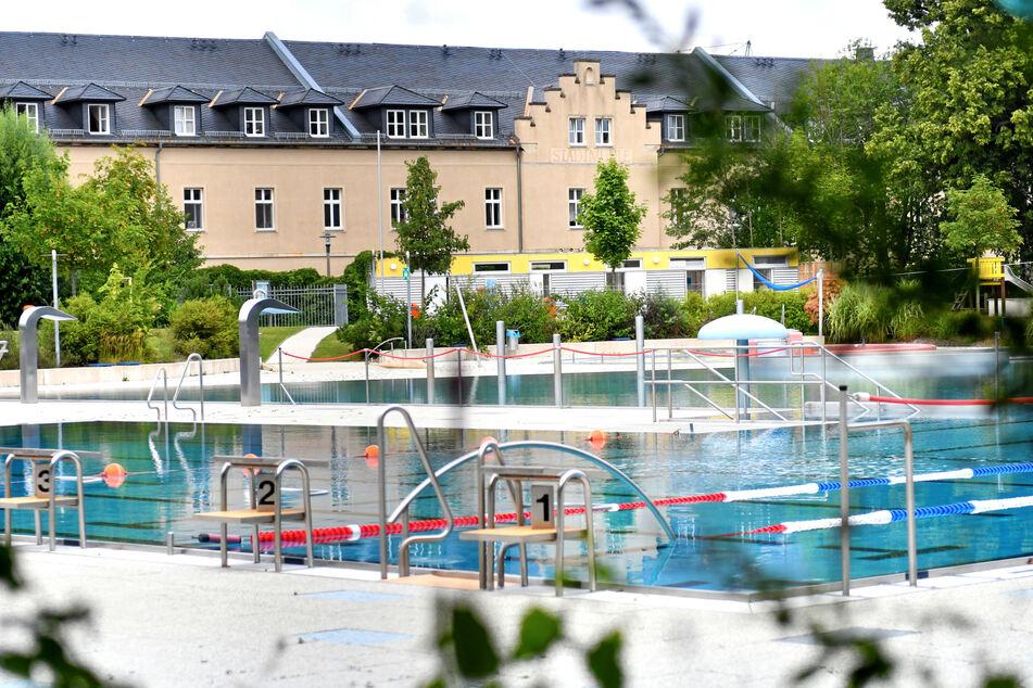 Rund eine Woche nachdem Tod eines Mädchens (5) im Johannisbad Freiberg, sind die Ermittlungen in vollem Gange (Archivbild).