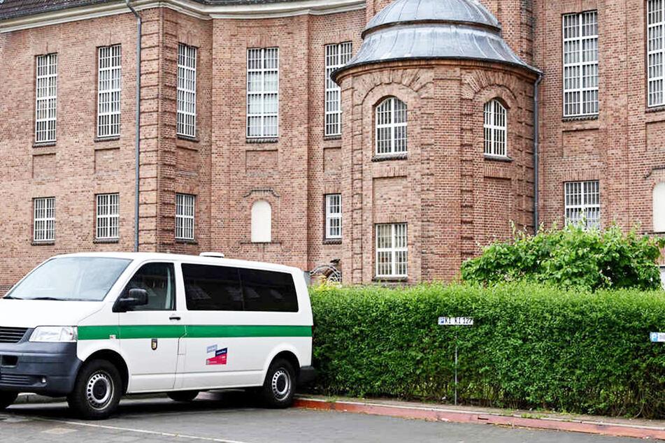 Der Verdächtige im Fall Maddie verbüßt seine Haftstrafe derzeit in Kiel. (Archivbild)
