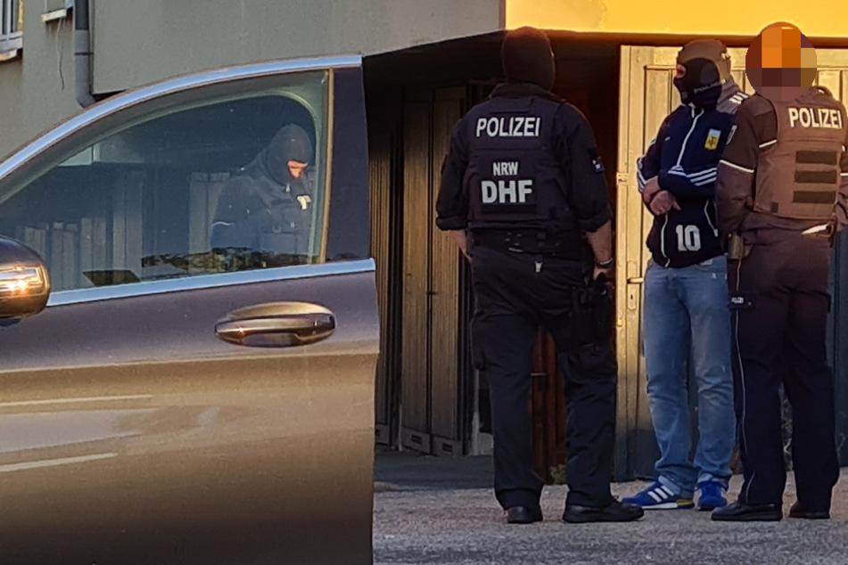 Verdacht auf Clankriminalität: Vier Männer nach Razzia festgenommen