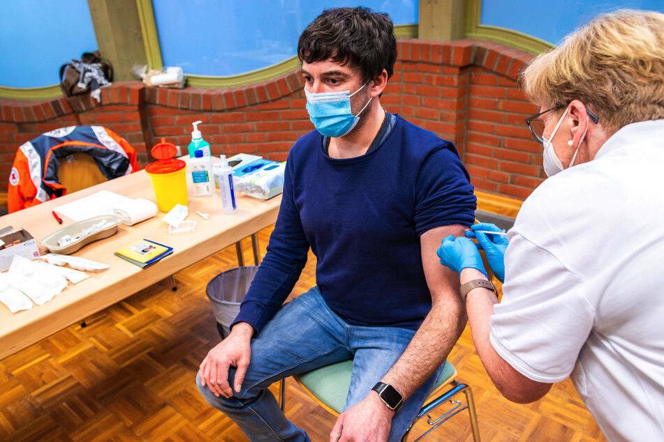 """Gewerkschaft fordert Impfung aller Lehrkräfte: """"Unverzichtbare Voraussetzung"""""""