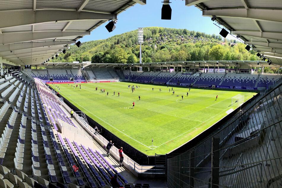 So leer wie vor dem Punktspiel beim Re-Start gegen den SV Sandhausen könnte das Erzgebirgsstadion ab September nicht mehr werden. Bis zu 5362 Zuschauer dürften die Veilchen Stand jetzt zulassen.