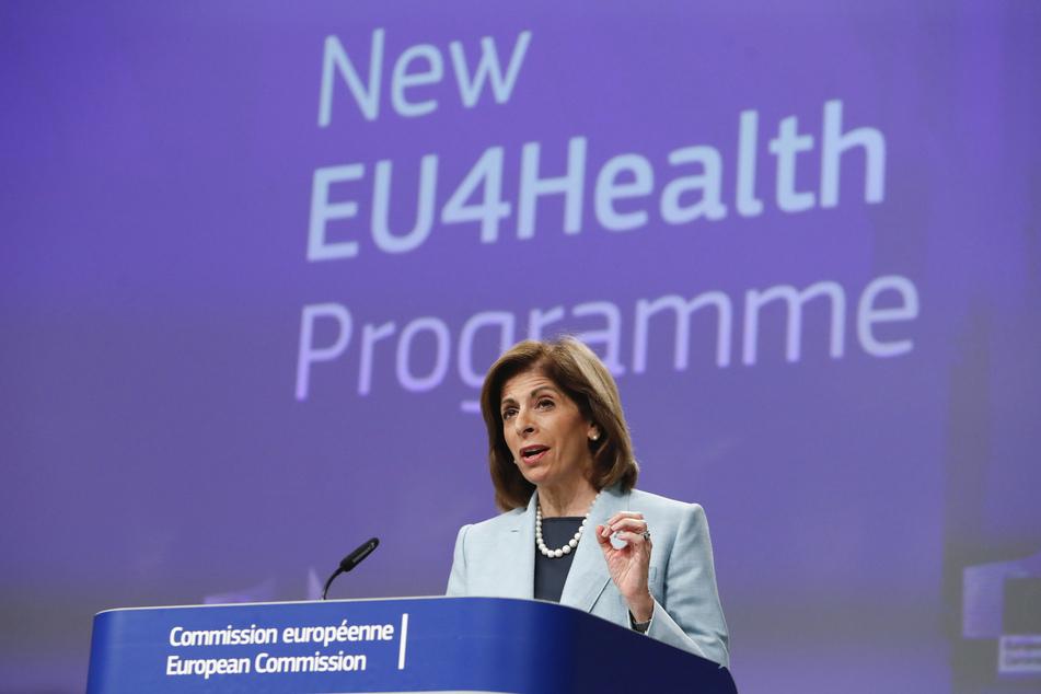 Stella Kyriakides, EU-Kommissarin für Gesundheit, spricht während einer Video-Pressekonferenz im EU-Hauptquartier.