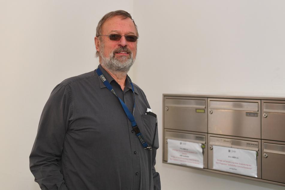 Ingenieur Dieter Recknagel (64) kann derzeit nicht in Polen arbeiten.