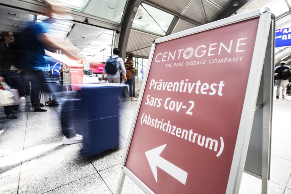 Corona-Tests am Flughafen sollen für alle Reisenden aus Risikogebieten verpflichtend werden