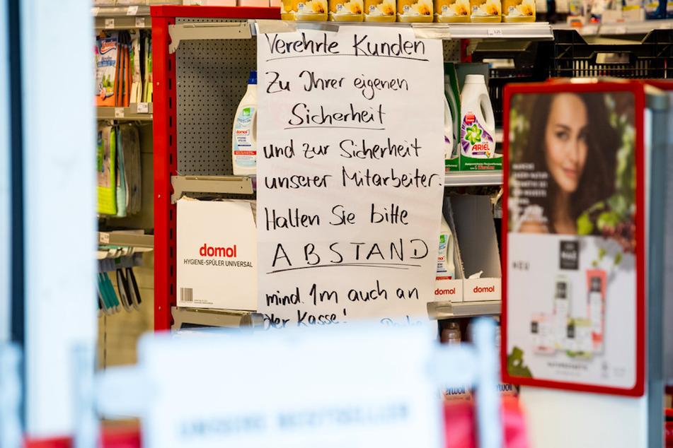 Zum Einkaufen darf man in Bayern weiterhin das Haus verlassen.