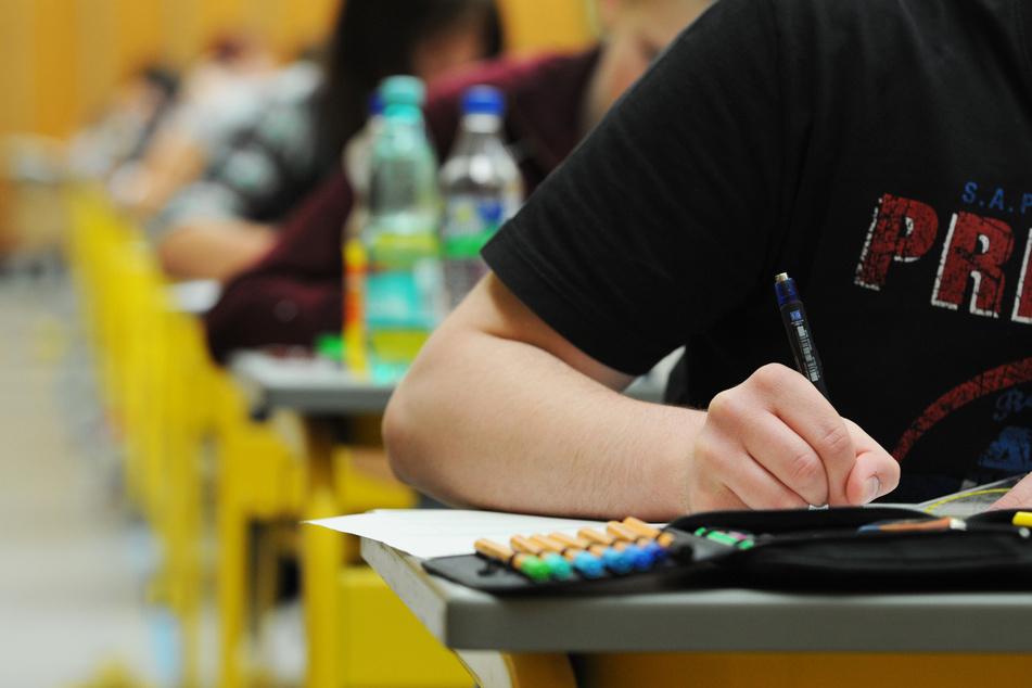 In NRW soll bis Freitag über die Abi-Prüfungen in diesem Jahr entschieden werden.