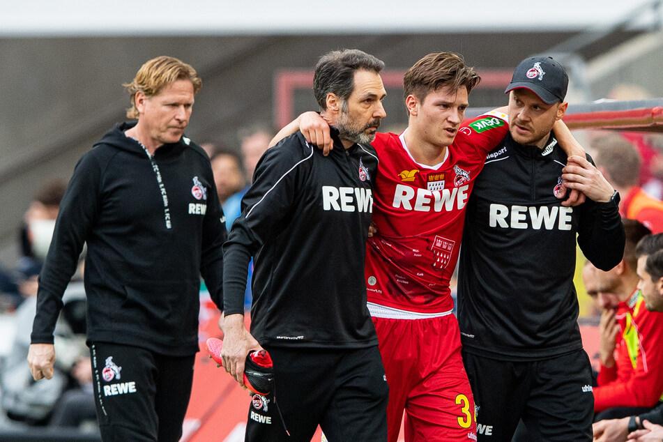 Noah Katterbach (18) verletzte sich im Heimspiel gegen Bayern München.