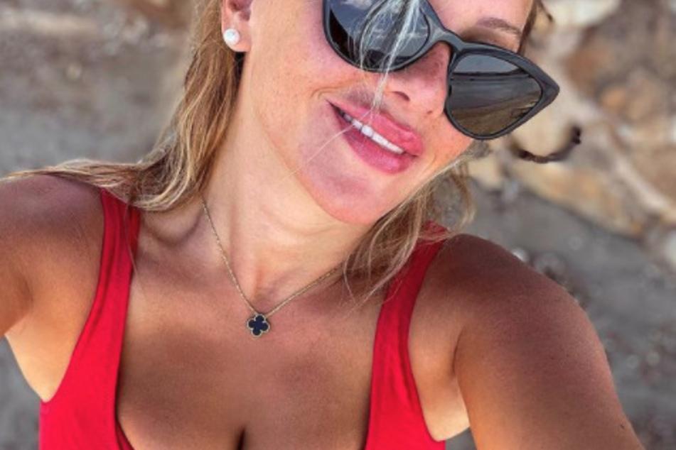 Evelyn Burdecki (32) nahm sich zuletzt eine kleine Auszeit auf Ibiza und tankte Sonne.