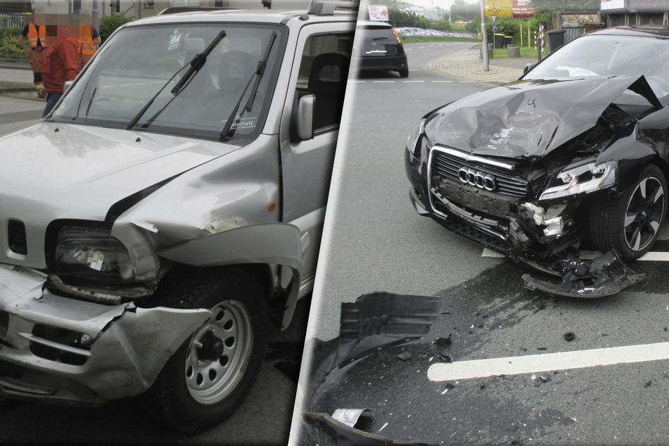 Die beiden Autos wurden stark beschädigt und waren nicht mehr fahrbereit.