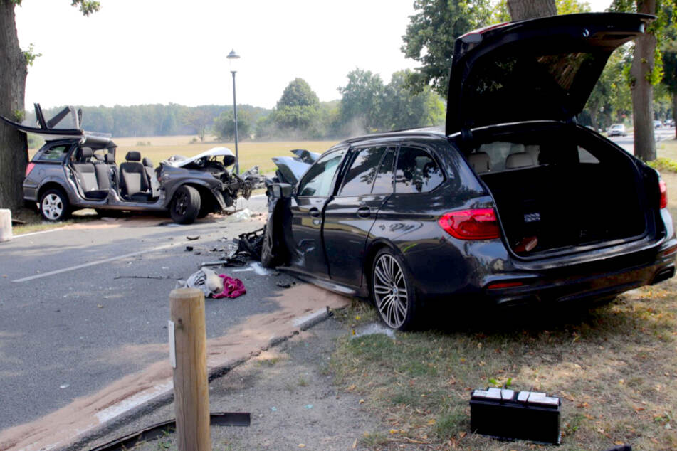 Opel gerät in Gegenverkehr: Ein Toter, zwei Schwerverletzte!
