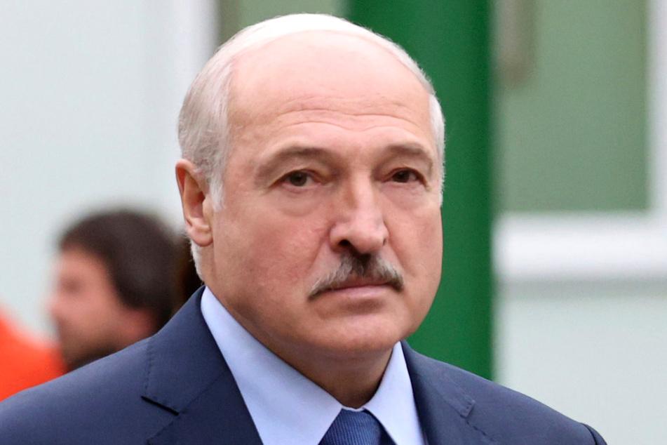 Als Reaktion auf die Sanktionen der Baltenstaaten gegen Belarus will der autoritäre Staatschef Lukaschenko (66) eigene Strafmaßnahmen verhängen.