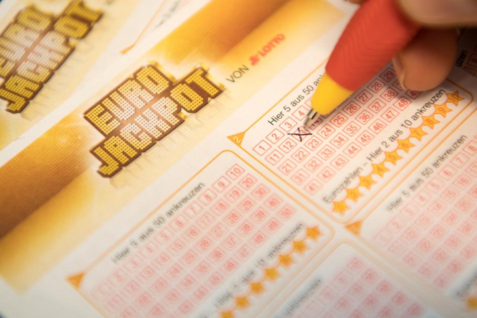 Geldrausch beim Eurojackpot! Gewinner sackt 59 Millionen Euro ein