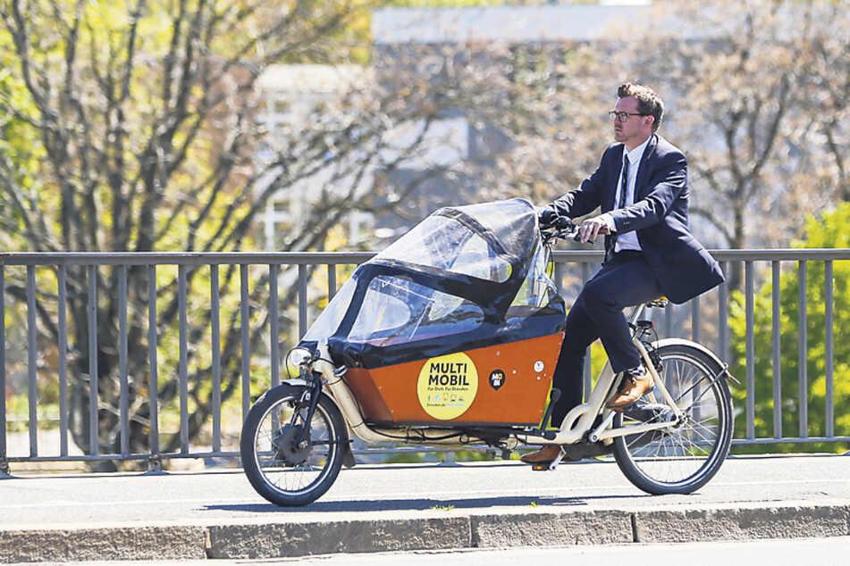 Baubürgermeister Raoul Schmidt-Lamontain (43, Grüne) radelt ab Oktober durch Heidelberg statt durch Dresden.