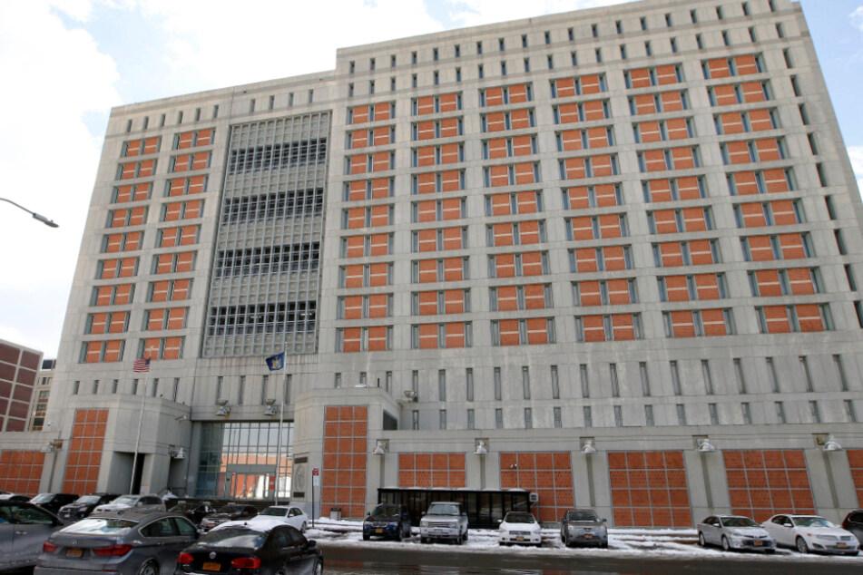 Blick auf das Bundesgefängnis Metropolitan Detention Center (MDC) im New Yorker Stadtbezirk Brooklyn