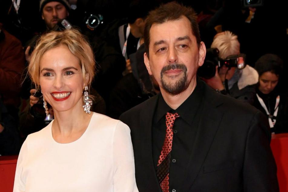 Schauspielerin Nina Hoss (45, l.) und Partner Alex Silva bei der feierlichen Eröffnung der Internationalen Filmfestspiele.